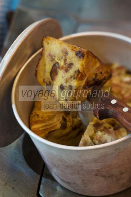 Europe/France/Rhone-Alpes/74/Haute-Savoie/ Chamonix:Farcement savoyard, recette de Pierre Carrier du Restaurant: La Maison Carrier