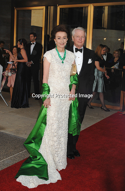 Mercedes Bass and Sid Bass..arriving at The Metropolitan Opera 2007-08 Opening Night on September 24, 2007 at The Metropolitan Opera House..in Lincoln Center in New York City. ....photo by Robin Platzer, Twin Images ....212-935-0770