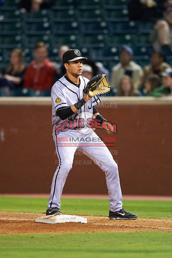 Jacksonville Suns first baseman Viosergy Rosa (44) waits for a throw during a game against the Chattanooga Lookouts on April 30, 2015 at AT&T Field in Chattanooga, Tennessee.  Jacksonville defeated Chattanooga 6-4.  (Mike Janes/Four Seam Images)