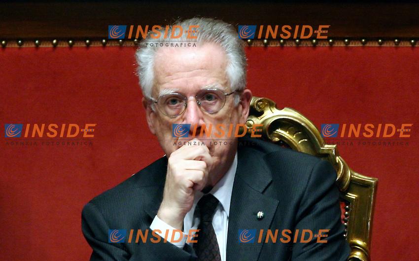 Roma 15-12-2006 Senato: Voto di fiducia sul maxi emendamento della Finanziaria 2007<br /> Nella foto il ministro dell'Economia Tommaso Padoa Schioppa<br /> Photo Serena Cremaschi Inside (www.insidefoto.com)
