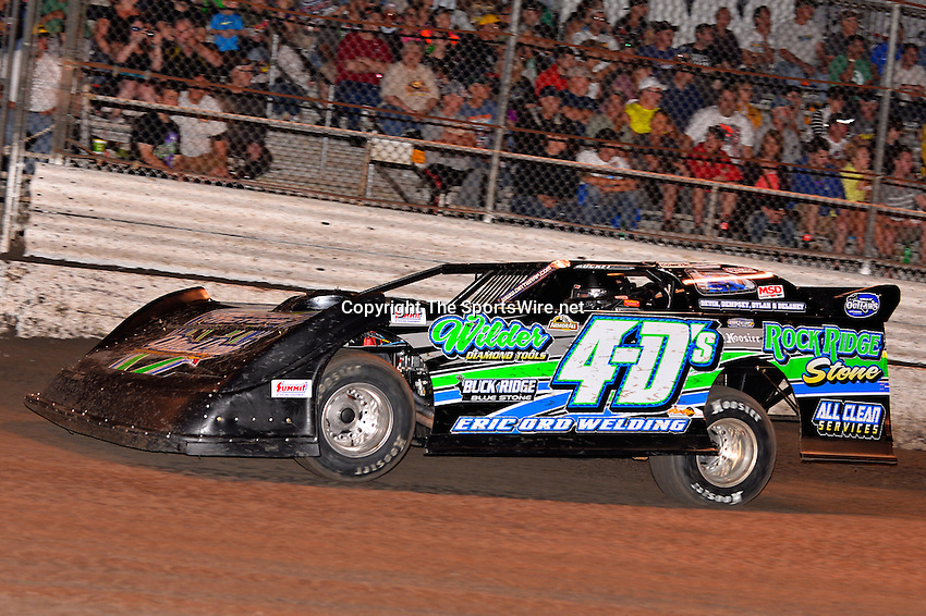 Feb 20, 2014; 7:01:44 PM;  Barberville, FL, USA;  World of Outlaws Late Model Series for 43rd Annual DIRTcar Nationals presented by Summit Racing Equipment at Volusia Speedway Park.  Mandatory Credit: (thesportswire.net)