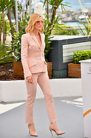 Cate Blanchett at the photocall for the Cannes Jury at the 71st Festival de Cannes, Cannes, France 08 May 2018<br /> Picture: Paul Smith/Featureflash/SilverHub 0208 004 5359 sales@silverhubmedia.com