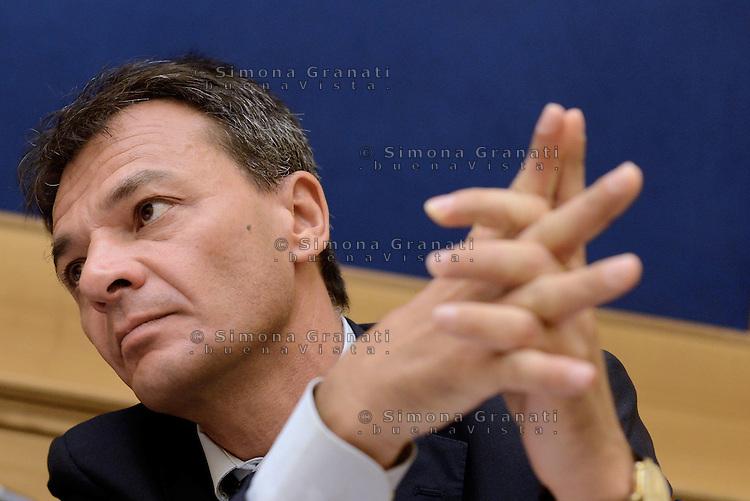 Roma, 7 Luglio 2015<br /> Stefano Fassina<br /> Sel e alcuni deputati della sinistra presentano una mozione per aiutare la Grecia