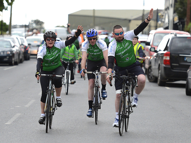 Sarah Fox, Charlie O'Donoghue and Paul Grogan arrive in Dunleer on their return from a trip to Kilkenny in aid of Motor Neurones disease. Photo:Colin Bell/pressphotos.ie