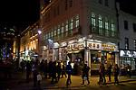 Londyn, 2009-10-23. Chińska dzielnica nocą. Londyn, Soho.