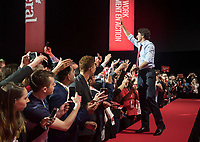 The 23rd Prime Minister of Canada, the Right Honorable Justin Trudeau greets the audience prior to his Keynote Address during the final day of the Liberal Biennial Convention at the RBC Convention Centre Saturday May 28, 2016 in Winnipeg.<br /> (David Lipnowski / Agence Qu&eacute;bec Presse)