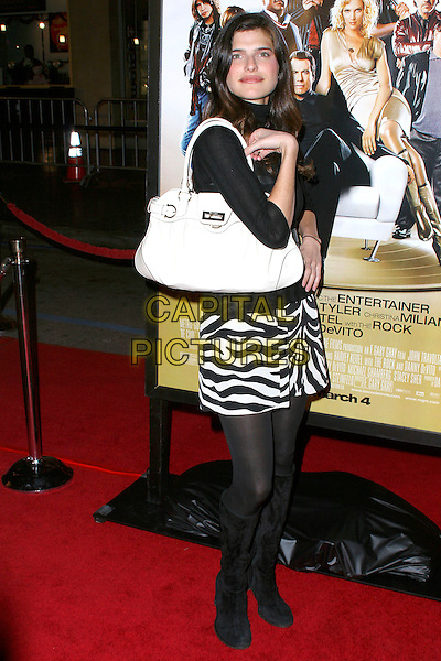 """LAKE BELL.""""Be Cool"""" World Premiere at the Grauman's Chinese Theatre, Hollywood, CA, USA, 14th February 2005..full length white bag.Ref: ADM.www.capitalpictures.com.sales@capitalpictures.com.©JWong/AdMedia/Capital Pictures ."""