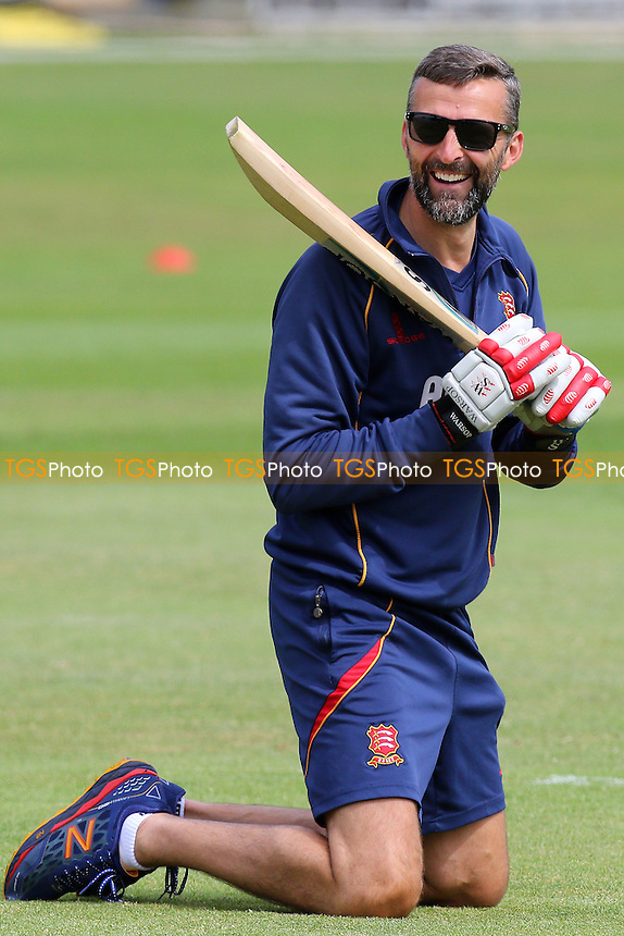 Essex head coach Paul Grayson take part in the warm-up - Essex CCC vs Derbyshire CCC - LV County Championship Division Two Cricket at the Essex County Ground, Chelmsford, Essex - 16/06/15 - MANDATORY CREDIT: Gavin Ellis/TGSPHOTO - Self billing applies where appropriate - contact@tgsphoto.co.uk - NO UNPAID USE