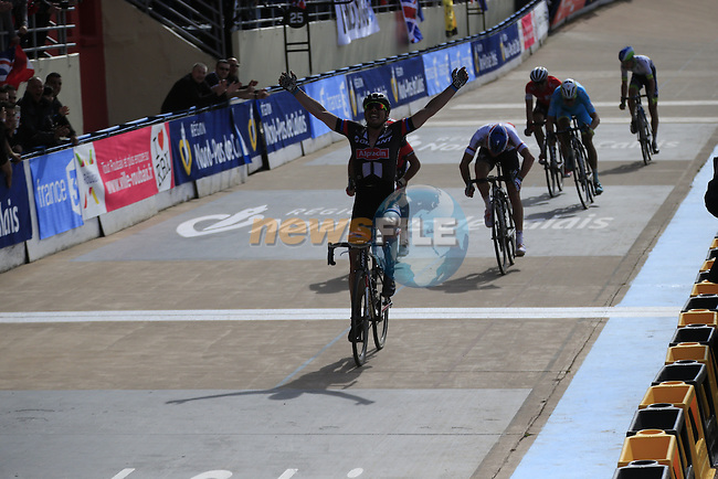 John Degenkolb (GER) Giant-Alpecin outsprints Zdenek Stybar (CZE) Etixx-Quick Step and Greg Van Avermaet (BMC Racing Team in the famous Roubaix Velodrome to win the 113th edition of the Paris-Roubaix 2015 cycle race held over the cobbled roads of Northern France. 12th April 2015.<br /> Photo: Eoin Clarke www.newsfile.ie