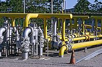 Estação de distribuição de gás natural. Cubatão. São Paulo. 2006. Foto de Caetano Barreira.