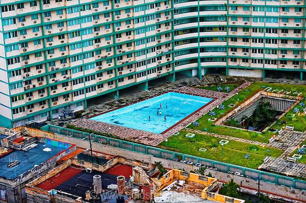 Urban decay Havana Cuba