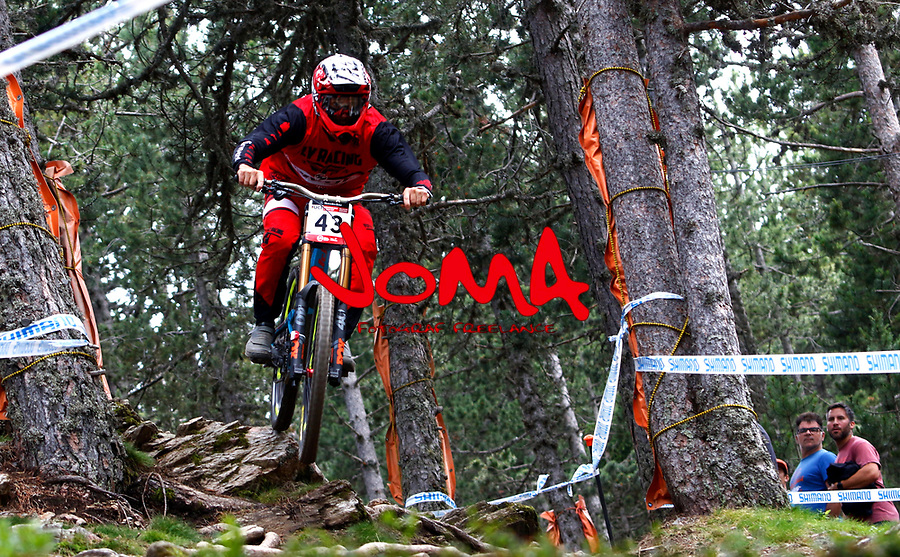 Edward Masters (NZL)Downhill training sesion, UCI, Moutain Bike World Cup , Vallnord Andorra. 12/07/2018