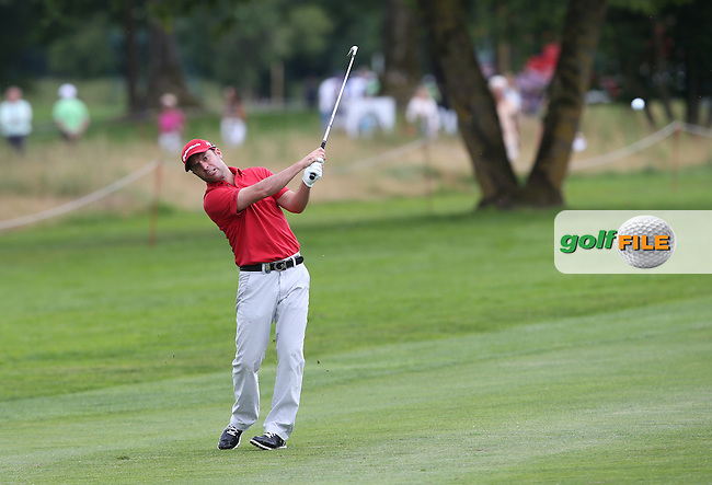Mark Tullo (CHI) plays a skimmer down the 9th during Round One of the 2015 BMW International Open at Golfclub Munchen Eichenried, Eichenried, Munich, Germany. 25/06/2015. Picture David Lloyd | www.golffile.ie
