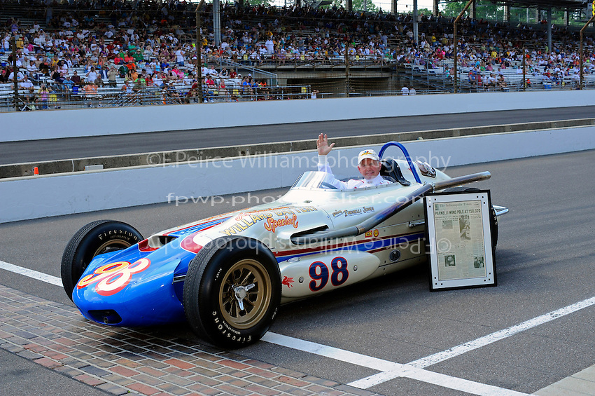 "Parnelli Jones back behind the wheel of ""Ol Calhoun"" #98 the car he broke the 150 mph and also the car he won the 1963 Indy 500 with."
