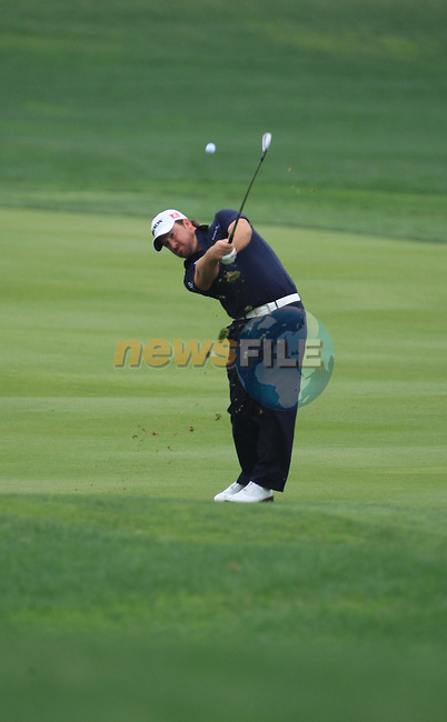 Graeme McDowell playing his second shot on the 8th on day two of the Abu Dhabi HSBC Golf Championship 2011, at the Abu Dhabi golf club, UAE. 21/1/11..Picture Fran Caffrey/www.golffile.ie.