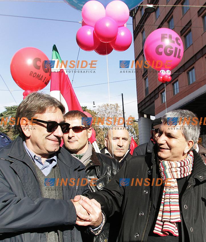 """Nichi Vendola e Diliberto..CGIL - Manifestazione Nazionale """" Il Futuro e' dei Giovani e del Lavoro""""..Roma, 27 Novembre 2010...Photo  Serena Cremaschi Insidefoto.........."""