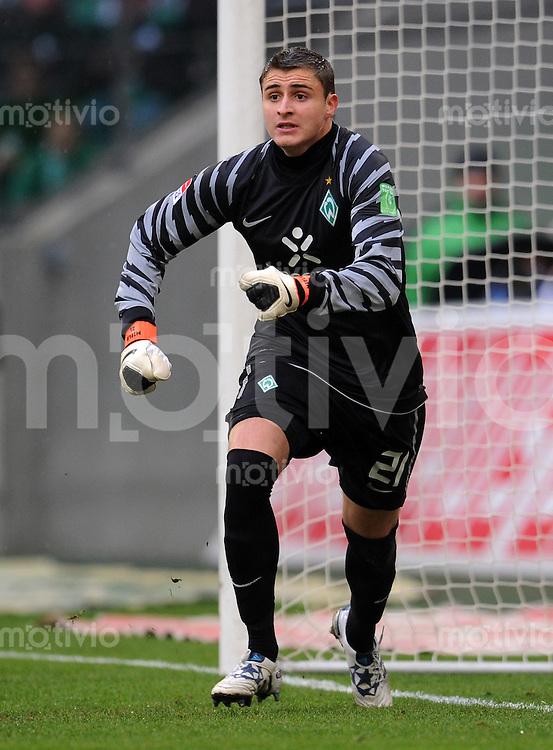 FUSSBALL   1. BUNDESLIGA   SAISON 2010/2011   9. SPIELTAG Borussia Moenchengladbach - SV Werder Bremen     23.10.2010 Torwart Sebastian MIELITZ (SV Werder Bremen)