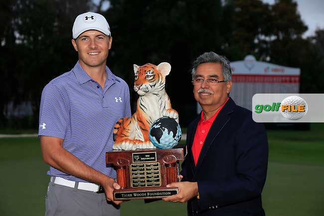 Jordan Spieth (USA) winner of the Hero World Challenge pictured with Pawan Munjal VC &amp; MD Herocorp, Isleworth Golf &amp; Country Club, Windermere, Orlando Florida, USA. 07/12/2014<br /> Picture Fran Caffrey, www.golffile.ie