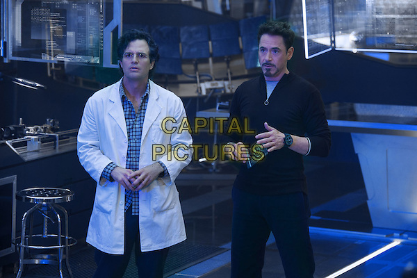 Mark Ruffalo, Robert Downey Jr.<br /> in Avengers: Age of Ultron (2015) <br /> *Filmstill - Editorial Use Only*<br /> CAP/FB<br /> Image supplied by Capital Pictures