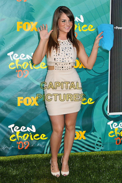 JOJO aka Joanna Noelle Blagden Levesque.Teen Choice Awards 2009 - Arrivals held at the Gibson Amphitheatre, Universal City, CA, USA..August 9th, 2009.full length dress studs studded beige white blue clutch bag top cut out away hands waving .CAP/ADM/BP.©Byron Purvis/AdMedia/Capital Pictures.