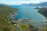 Eskifjörður séð til suðausturs, Fjarðabyggð / Eskifjordur viewing southeast, Fjardabyggd