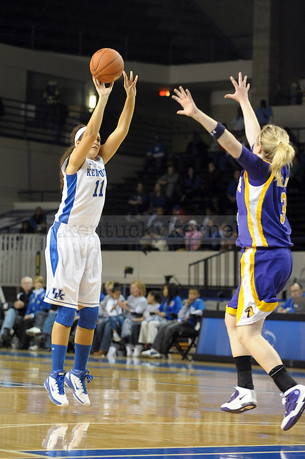 UK's Sarah Beth Barnette shoots during the University of Kentucky Women's basketball game against Tennessee Tech at Memorial Coliseum in Lexington, Ky., on 12/7/10. Uk led at half 39-31. Photo by Mike Weaver | Staff
