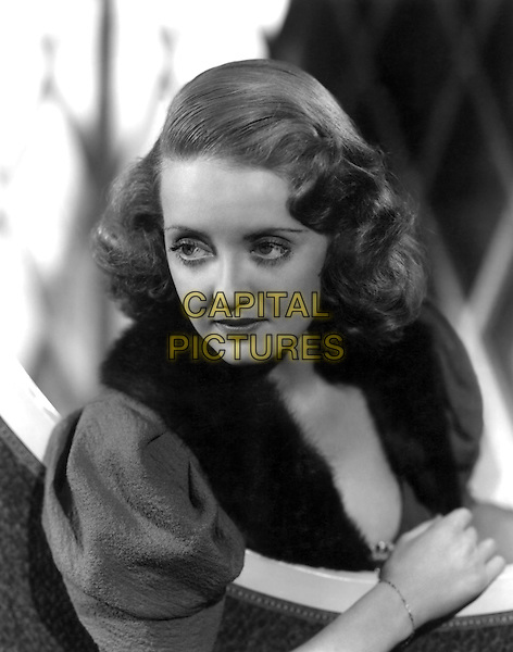Bette Davis<br /> *Filmstill - Editorial Use Only*<br /> CAP/NFS<br /> Image supplied by Capital Pictures