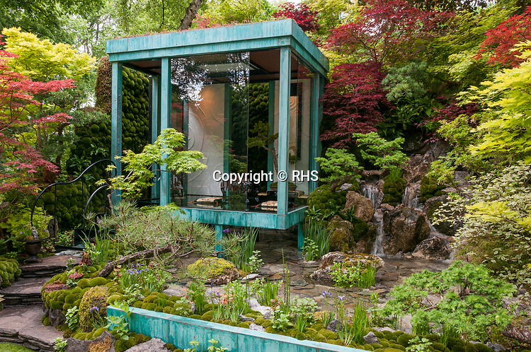 Gosho No Niwa No Wall, No War. Designed by: Kazuyuki Ishihara. Sponsored by: G-LION. RHS Chelsea Flower Show 2017. Stand no. Artisan Garden 568