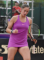 BOGOTA -COLOMBIA. 14-04-2017. Sara Sorribes Tormo (ESP) durante juego de semifinal contra Lara Arruabarrena Sara Sorribes Tormo (ESP) del Claro Open Colsanitas WTA 2017 jugado en el Club Los Lagartos en Bogota. /  Sara Sorribes Tormo (ESP) during match against Lara Arruabarrena (ESP) for the semifinal of Claro Open Colsanitas WTA 2017 played at Club Los Lagartos in Bogota city. Photo: VizzorImage/ Gabriel Aponte / Staff