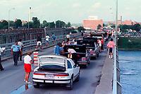 1990 FILE PHOTO (Exact date unknown):  OKA Crisis -<br />  Mercier Bridge<br /> <br /> <br /> <br /> PHOTO :  Agence Quebec Presse - <br /> Robert Galbraith