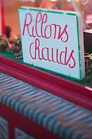 Europe/France/Centre/41/Loir-et-Cher/Sologne/Bracieux:  Devanture Boucherie-Charcuterie: La Solognote // Europe/France/Centre/41/Loir-et-Cher/Sologne/Bracieux:  Showcase Delicatessen shop: La Solognote