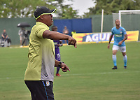 MONTERIA - COLOMBIA, 22-07-2018:  Willy Rodriguez, técnico de Jaguares, gesticula durante partido entre Jaguares FC y Once Caldas  por la fecha 1 de la Liga Águila II 2018 jugado en el estadio Municipal de Montería. / Willy Rodriguez, coach of Jaguares, gestures during the match between Jaguares FC and Once Caldas for the date 1 of the Liga Aguila II 2018 at the Municipal de Monteria Stadium in Monteria city. Photo: VizzorImage / Andres Felipe Lopez / Cont