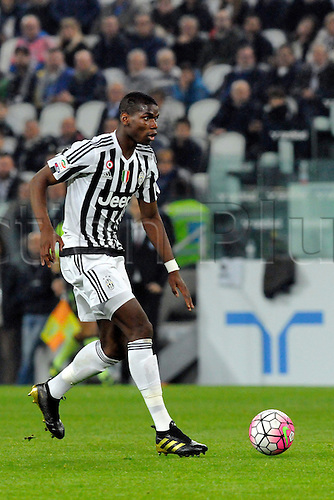 02.04.2016. Juventus Stadium, Turin, Italy. Serie A Football. Juventus versus Empoli. Paul Pogba on the ball