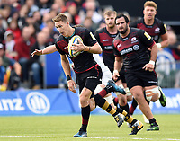 Liam Williams of Saracens goes on the attack. Aviva Premiership match, between Saracens and Wasps on October 8, 2017 at Allianz Park in London, England. Photo by: Patrick Khachfe / JMP