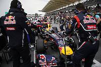 SEPANG, MALASIA, 25 DE MARCO 2012 - F1 - GP MALASIA - <br /> O piloto alemao Sebastian Vetel da equipe Red Bull, durante o GP da Malásia, no circuito de Kuala Lumpur, em Sepang, neste domingo, 26. (FOTO: THOMAZ MELZER / PIXATHLON /  BRAZIL PHOTO PRESS).