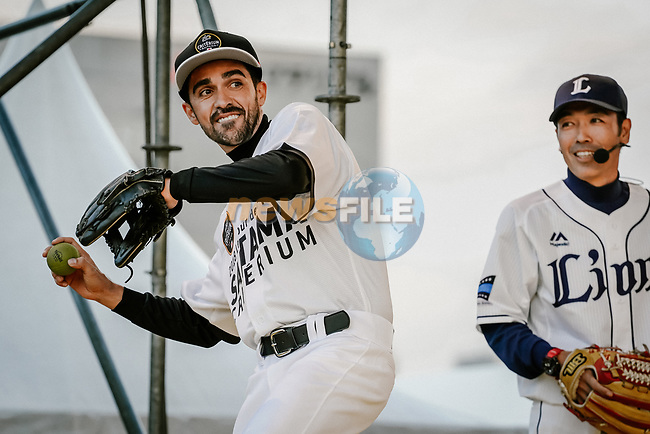Baseball skills time for Alberto Contador (ESP) at the media day before the 2018 Saitama Criterium, Japan. 3rd November 2018.<br /> Picture: ASO/Pauline Ballet | Cyclefile<br /> <br /> <br /> All photos usage must carry mandatory copyright credit (&copy; Cyclefile | ASO/Pauline Ballet)