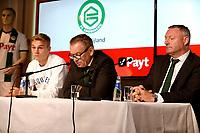 GRONINGEN , Voetbal, presentatie Tim Handwerker FC Groningen, seizoen 2018-2019, 14-08-2018, Tim Handwerker, Hans Nijland en Ron Jans