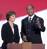 New York, NY - September 2, 2004 --  Figure skater Dorothy Hamill and NFL Hall of Famer Lynn Swann speak at the 2004 Republican Convention in Madison Square Garden in New York, New York on Thursday, September 2, 2004..Credit: Ron Sachs / CNP.(RESTRICTION: No New York Metro or other Newspapers within a 75 mile radius of New York City)