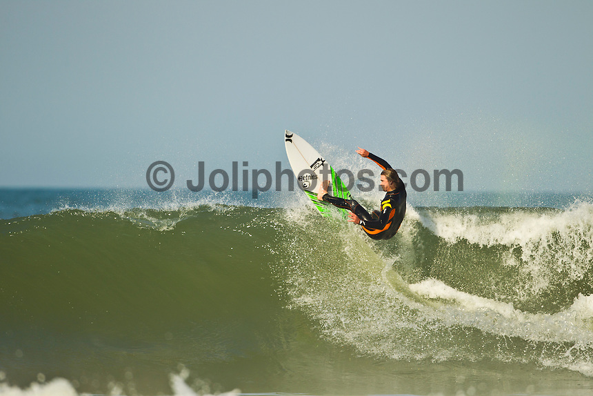 Jeffreys Bay, Eastern Cape, South Africa. Sunday July 10 2011. Brett Simpson (USA).  Freesurfing at Boneyards in 3'-4' broken up southerly swell.  Photo: joliphotos.com