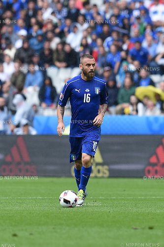 Daniele De Rossi (Italy) ; <br /> June 27, 2016 - Football : Uefa Euro France 2016, Round of 16; Italy 2-0 Spain at Stade de France; Saint-Denis, France. (Photo by aicfoto/AFLO)