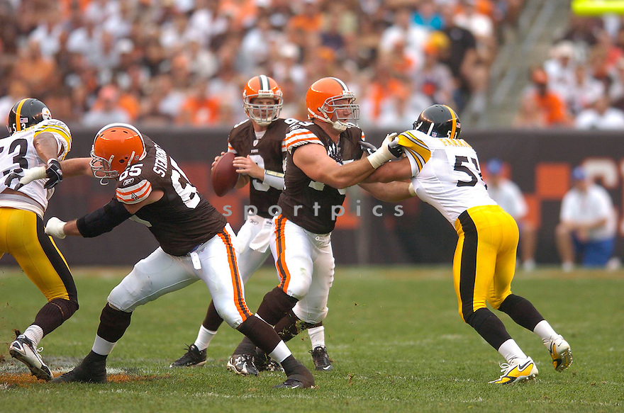 JOE THOMAS, of the Cleveland Browns, in action during the Browns game against the Pittsburgh Steelers on September 9, 2007 in Cleveland, Ohio. Steeler won the game 34-7.....SPORTPICS...