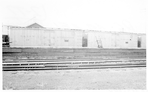 Side view of short reefers #49 &amp; #51 at Alamosa.<br /> D&amp;RGW  Alamosa, CO  Taken by Maxwell, John W. - 5/1937