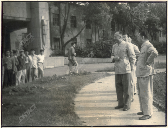 Premier Zhou Enlai during an impromptu inspection of the Changchun Film School. 22 August 1962.