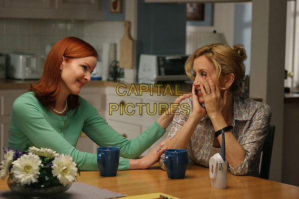 "MARCIA CROSS & FELICITY HUFFMAN .in Desperate Housewives.""Children Will Listen"" .*Editorial Use Only*.www.capitalpictures.com.sales@capitalpictures.com.Supplied by Capital Pictures."