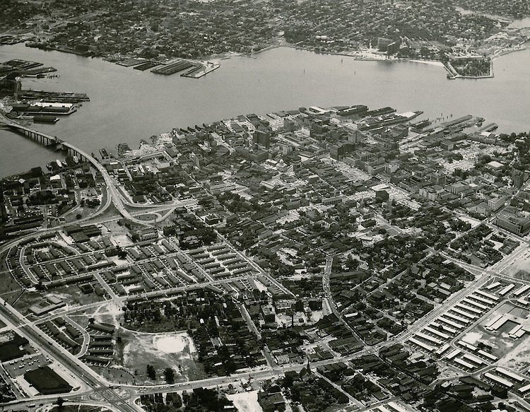 1958 June 17..Redevelopment.Downtown North (R-8)..View looking South at Downtown Norfolk.Young Terrace & Tidewater Gardens in foreground..PHOTO CRAFTSMEN INC..NEG#.NRHA#..