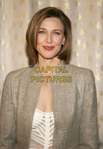 BRENDA STRONG.5th Annual Awards Season Diamond Fashion Show Preview, hosted by the Diamond Information Center and Instyle Magazine at the Beverly Hills Hotel, Beverly Hills, California. .January 12th, 2006.Photo: William Scott/AdMedia/Capital Pictures.Ref: WS/ADM.headshot portrait bruise on neck silver pendant necklace.www.capitalpictures.com.sales@capitalpictures.com.© Capital Pictures.