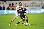 2016-01-30 / Voetbal / Seizoen 2015-2016 / R. Antwerp FC - KSK Heist / Maxime Biset (l. Antwerp) met Youssef Boulaouali Didouh<br /> <br /> Foto: Mpics.be