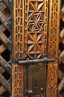 Europe/France/Aquitaine/64/Pyrénées-Atlantiques/Pays-Basque/Isturitz: Musée etnographique Xanxotea - Bibliothèque à Parchemin - Armoire du XV émé siècle  provenant d' Ulzama