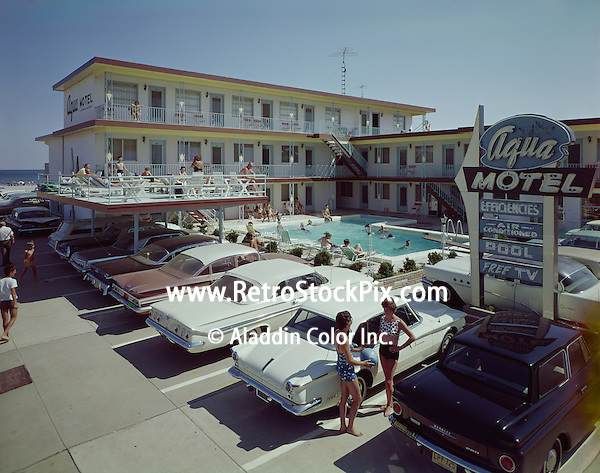 Aqua Motel in Wildwood NJ Exterior