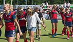 NIJMEGEN - assistent-coach Kim Lammers (Huizen) met links Loulou van de Kasteele (Huizen)   na de tweede play-off wedstrijd dames, Nijmegen-Huizen (1-4), voor promotie naar de hoofdklasse.. Huizen promoveert naar de hoofdklasse.  COPYRIGHT KOEN SUYK